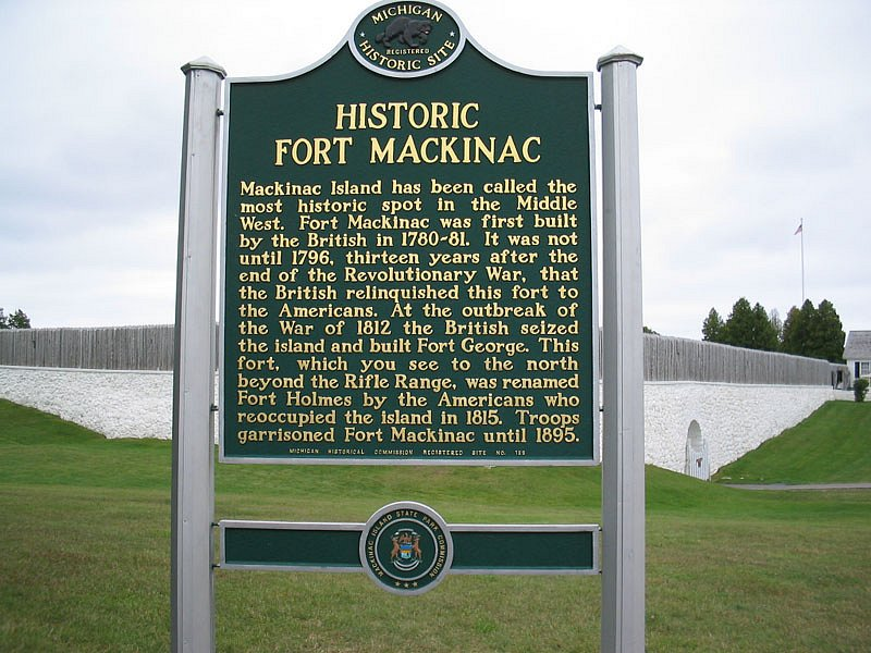 Fort Mackinac historic marker
