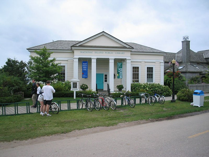 Mackinac Island library